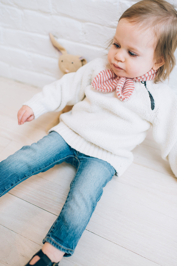 La Petite Peach_Cambria Grace Photography_white sweater 10
