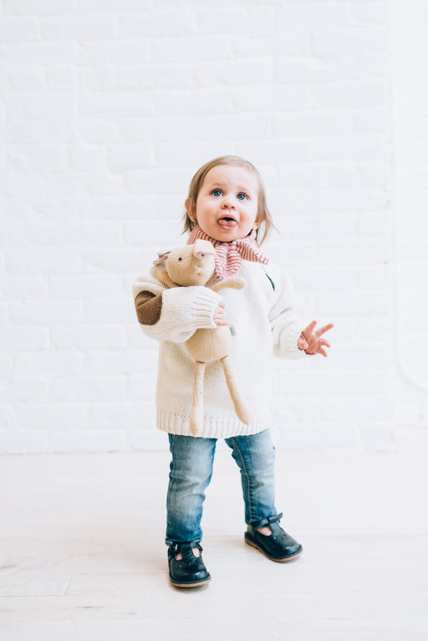 La Petite Peach_Cambria Grace Photography_white sweater 2
